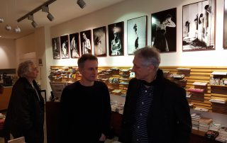 Der Schlagzeuger Roland Schneider mit Stefan Bauer